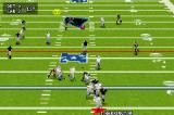Madden NFL 2005 Game Boy Advance The ball is thrown.