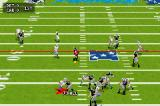 Madden NFL 2005 Game Boy Advance Attempting a pass.