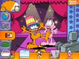 Garfield: Living Large! iPad Dress Garfield up in funny costumes.