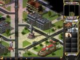 Command & Conquer: Red Alert 2 Windows Fortifying the cathedral