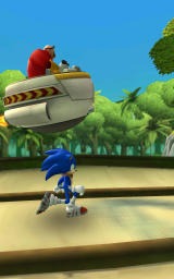 Sonic Dash 2: Sonic Boom Android Sonic chases Doctor Eggman in the opening sequence.