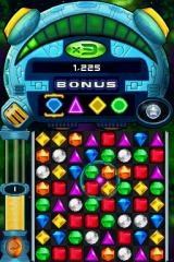 Bejeweled: Twist Nintendo DS I just made a flame gem by matching up 4 gems together.