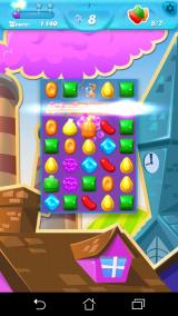Candy Crush Soda Saga Android The striped candy power up in action